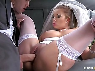 Danny fucking so concupiscent bride Donna Bell By GigaPorn.Eu